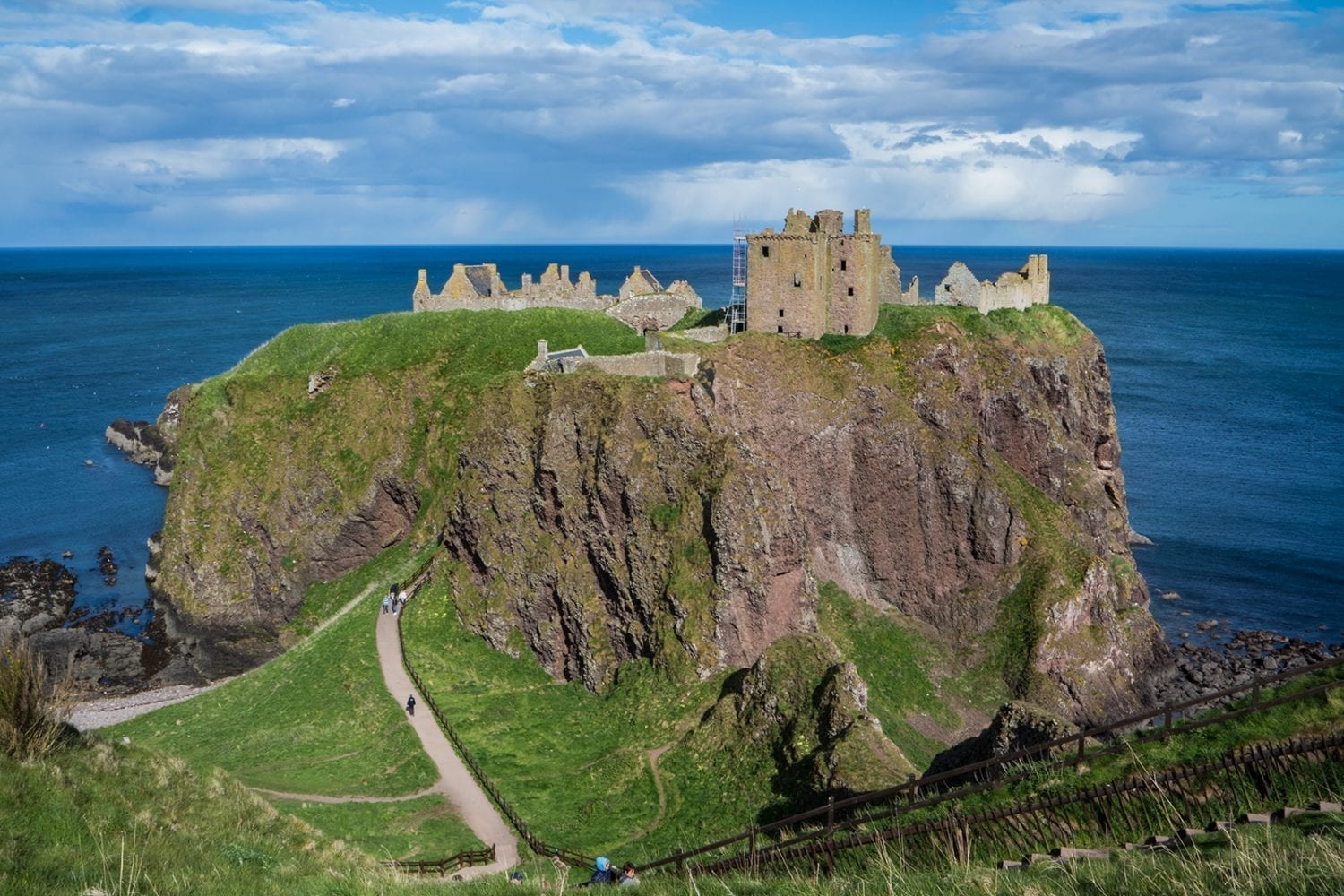 dunnottar castle  scotland u2019s most spectacular castle