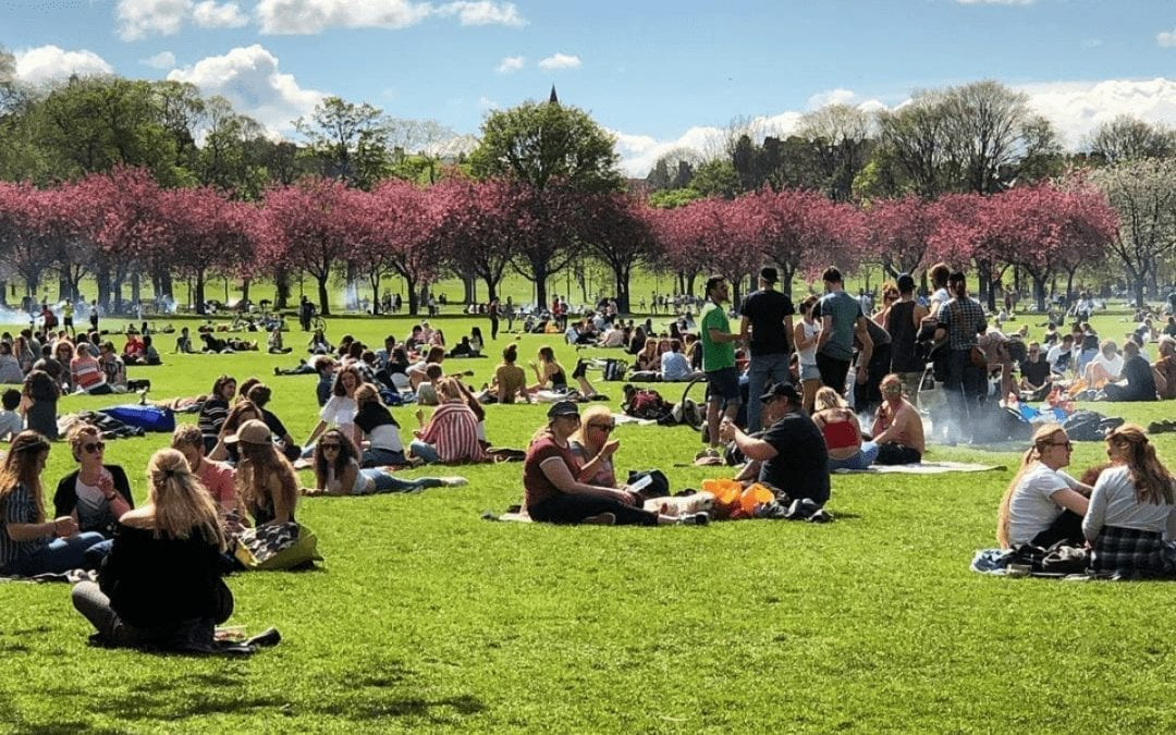 Why Spring is the Perfect Time to Visit Edinburgh